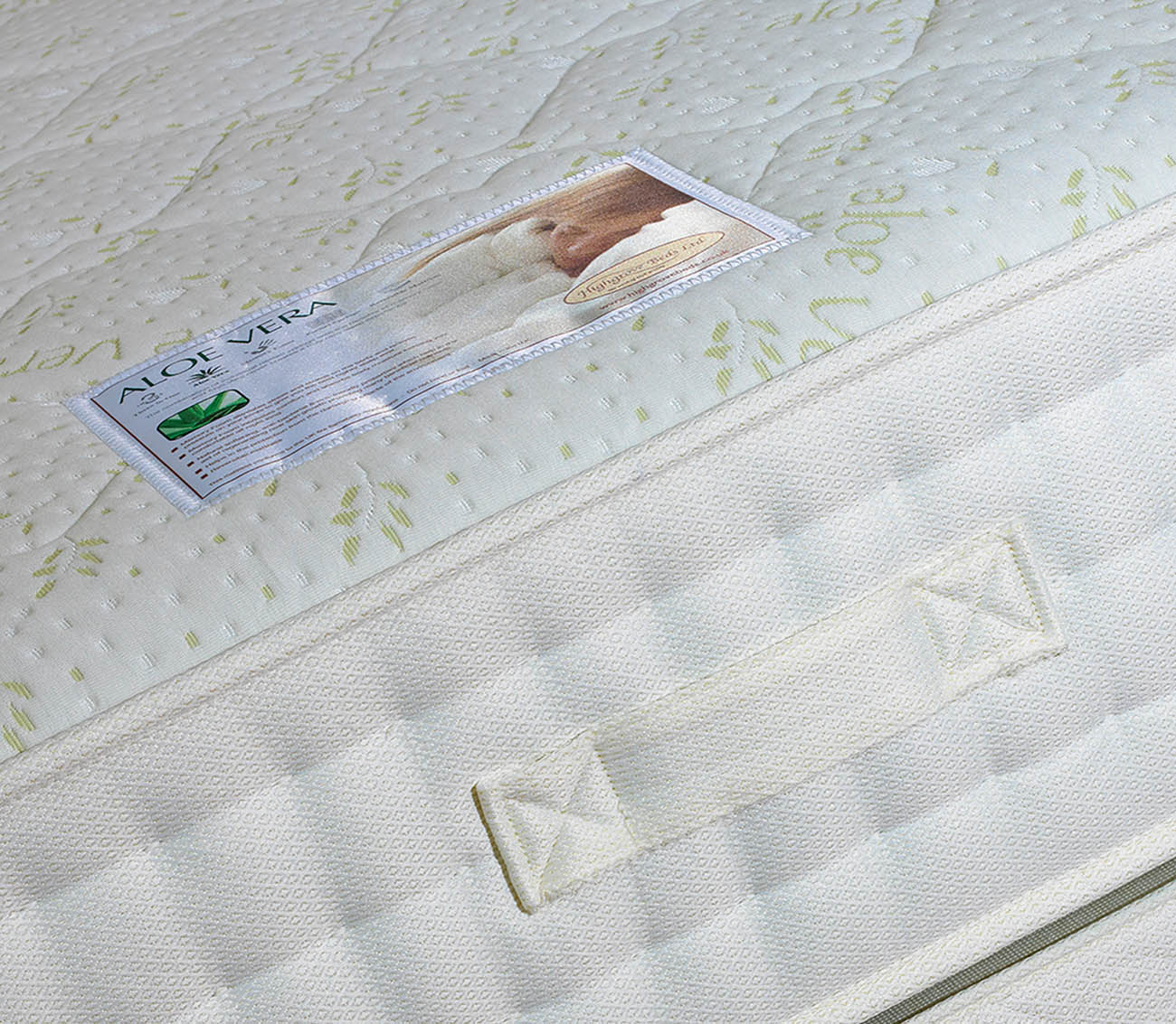 highgrove_aloevera_mattress_main_image_